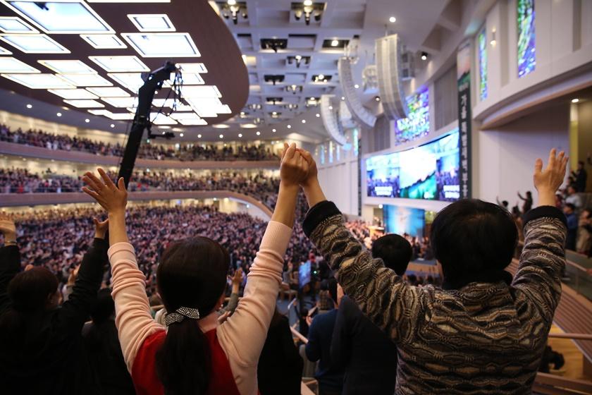 믿음 보고(Faith Report) 둘째 날, 영적 수액이 전 세계로 흘러가기를…